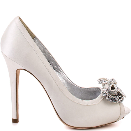 10 Fabulous White Heels To Walk The Aisle In