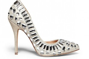 10 Wedding-Worthy Embellished Pumps